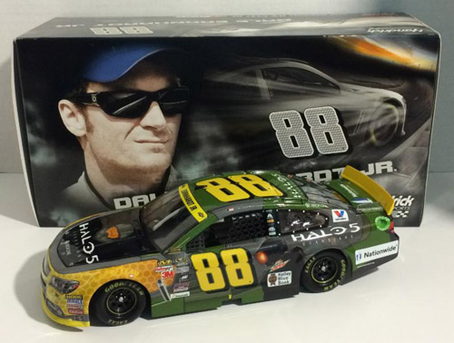 2015 Dale Earnhardt Jr #88 Halo 5: Guardians 1/24 Diecast Car