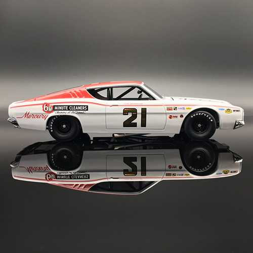 "Cale Yarborough #21 1968 Mercury Cyclone ""6"" Minute Cleaners 1/24 Diecast Car."