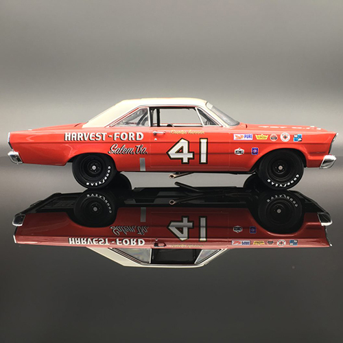 Curtis Turner #41 Harvest 1965 Ford Galaxie University of Racing Nascar Diecast Car
