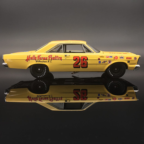 Junior Johnson #26 Holly Farms Poultry 1965 Ford Galaxie 1/24 University of Racing Nascar Diecast Car
