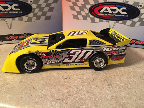 ADC RED SERIES 2017 Ryan King TN Driver Dirt Late Model 1/64 Diecast Car